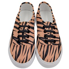 Skin3 Black Marble & Natural Red Birch Wood (r) Women s Classic Low Top Sneakers