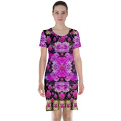 Flowers And Gold In Fauna Decorative Style Short Sleeve Nightdress
