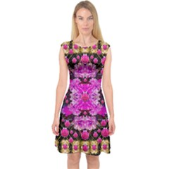 Flowers And Gold In Fauna Decorative Style Capsleeve Midi Dress