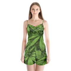 Marijuana Plants Pattern Satin Pajamas Set