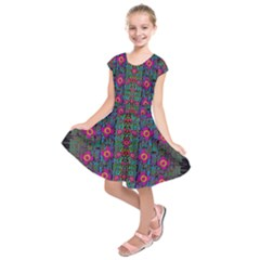 Flowers From Paradise Colors And Star Rain Kids  Short Sleeve Dress