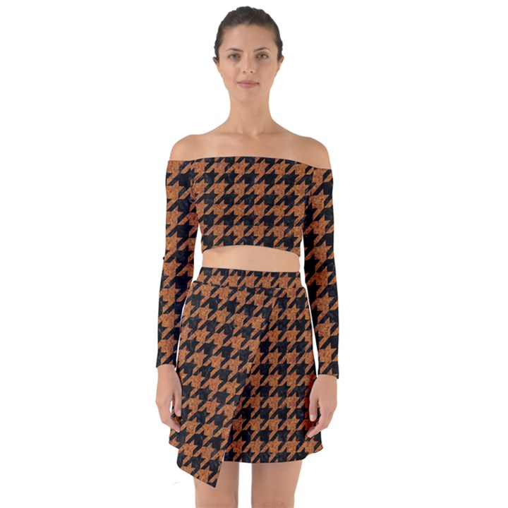 HOUNDSTOOTH1 BLACK MARBLE & RUSTED METAL Off Shoulder Top with Skirt Set