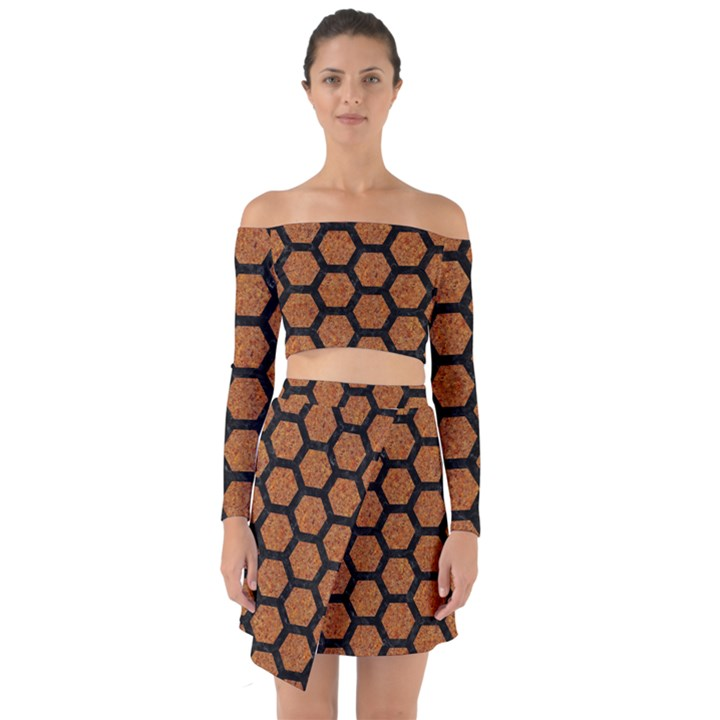 HEXAGON2 BLACK MARBLE & RUSTED METAL Off Shoulder Top with Skirt Set