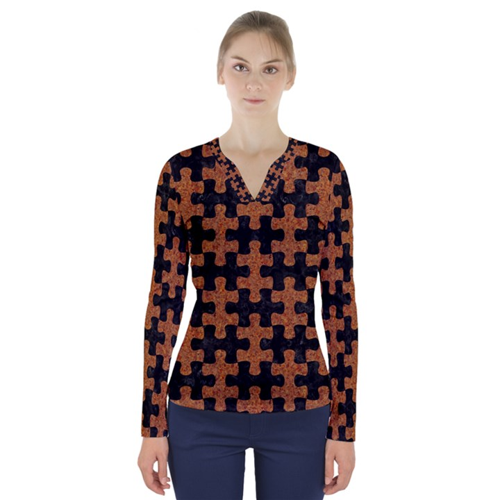 PUZZLE1 BLACK MARBLE & RUSTED METAL V-Neck Long Sleeve Top