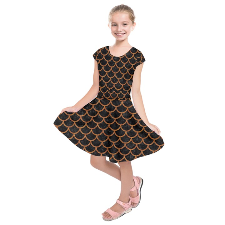 SCALES1 BLACK MARBLE & RUSTED METAL (R) Kids  Short Sleeve Dress