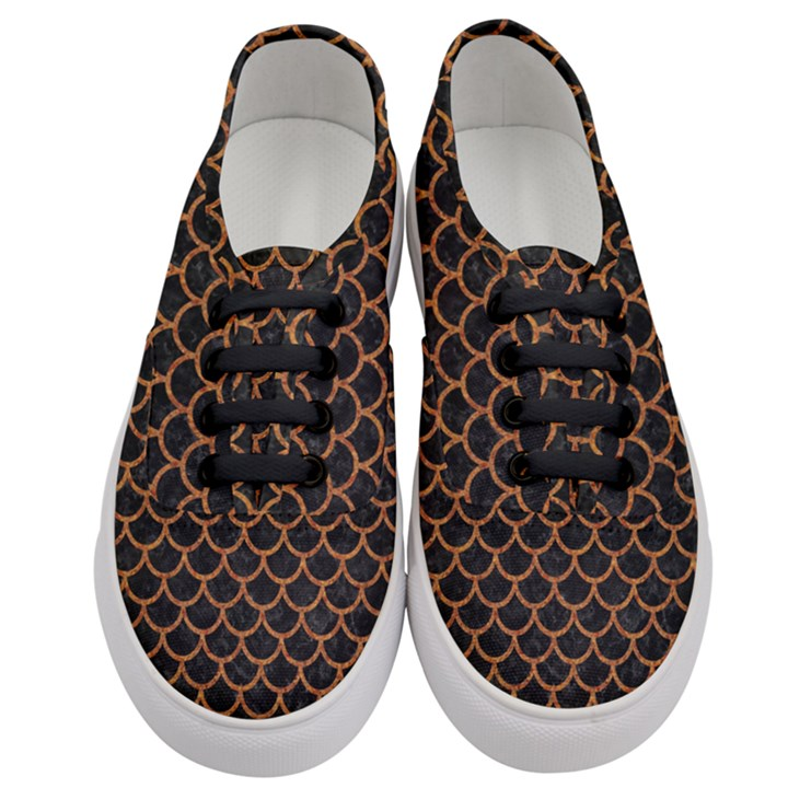 SCALES1 BLACK MARBLE & RUSTED METAL (R) Women s Classic Low Top Sneakers