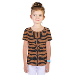Skin2 Black Marble & Rusted Metal Kids  One Piece Tee