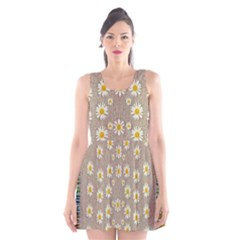 Star Fall Of Fantasy Flowers On Pearl Lace Scoop Neck Skater Dress