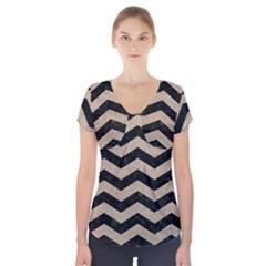 Chevron3 Black Marble & Sand Short Sleeve Front Detail Top