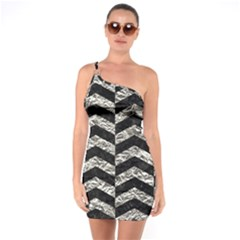Chevron2 Black Marble & Silver Foil One Soulder Bodycon Dress