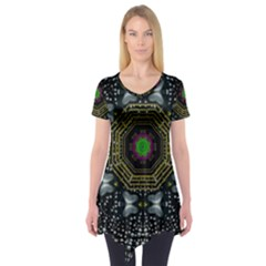 Leaf Earth And Heart Butterflies In The Universe Short Sleeve Tunic