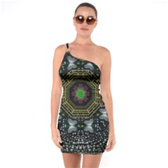 Leaf Earth And Heart Butterflies In The Universe One Soulder Bodycon Dress