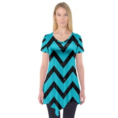 Chevron9 Black Marble & Turquoise Colored Pencil Short Sleeve Tunic