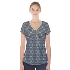 Earth Tiles Short Sleeve Front Detail Top