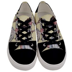 Good Housekeeping Men s Low Top Canvas Sneakers