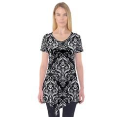 Damask1 Black Marble & White Leather (r) Short Sleeve Tunic