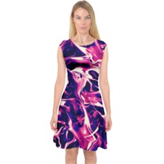 Abstract Acryl Art Capsleeve Midi Dress
