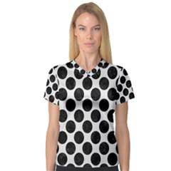Circles2 Black Marble & White Linen V Neck Sport Mesh Tee