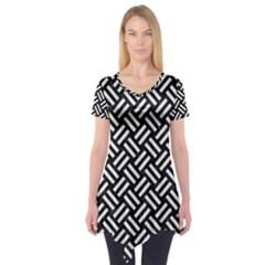 Woven2 Black Marble & White Linen (r) Short Sleeve Tunic