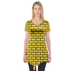 Brick1 Black Marble & Yellow Colored Pencil Short Sleeve Tunic