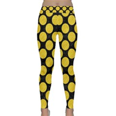Circles2 Black Marble & Yellow Colored Pencil (r) Classic Yoga Leggings