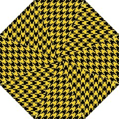 Houndstooth1 Black Marble & Yellow Colored Pencil Straight Umbrellas