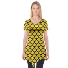 Scales1 Black Marble & Yellow Colored Pencil Short Sleeve Tunic