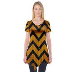 Chevron9 Black Marble & Yellow Grunge Short Sleeve Tunic
