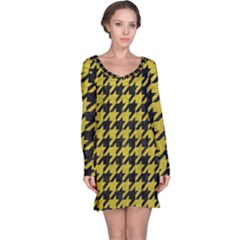 Houndstooth1 Black Marble & Yellow Leather Long Sleeve Nightdress