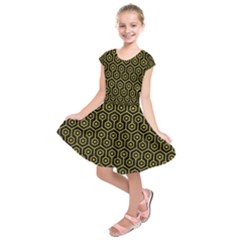 Hexagon1 Black Marble & Yellow Leather (r) Kids  Short Sleeve Dress