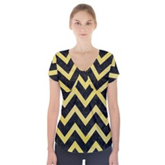 Chevron9 Black Marble & Yellow Watercolor (r) Short Sleeve Front Detail Top