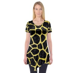 Skin1 Black Marble & Yellow Watercolor Short Sleeve Tunic