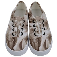 Vintage Rose Shabby Chic Background Kids  Classic Low Top Sneakers