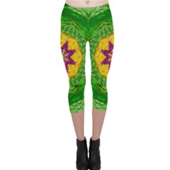 Feathers In The Sunshine Mandala Capri Leggings