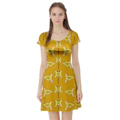 Fishes Talking About Love And   Yellow Stuff Short Sleeve Skater Dress