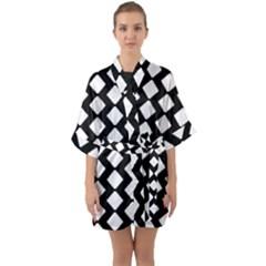 Abstract Tile Pattern Black White Triangle Plaid Quarter Sleeve Kimono Robe