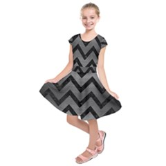 Chevron9 Black Marble & Gray Brushed Metal Kids  Short Sleeve Dress