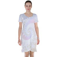 Mother Of Pearls Luxurious Fractal Spiral Necklace Short Sleeve Nightdress