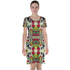 Chicken Monkeys Smile In The Floral Nature Looking Hot Short Sleeve Nightdress