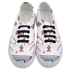Hilarious Holidays  Women s Classic Low Top Sneakers