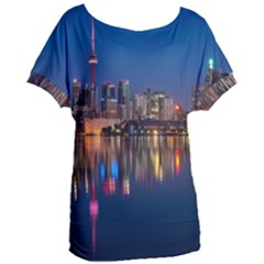 Buildings Can Cn Tower Canada Women s Oversized Tee