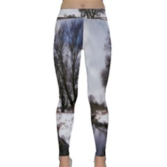 Winter Bach Wintry Snow Water Classic Yoga Leggings