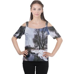 Winter Bach Wintry Snow Water Cutout Shoulder Tee
