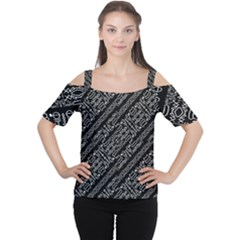Tribal Stripes Pattern Cutout Shoulder Tee