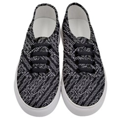 Tribal Stripes Pattern Women s Classic Low Top Sneakers