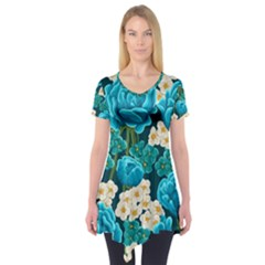 Light Blue Roses And Daisys Short Sleeve Tunic
