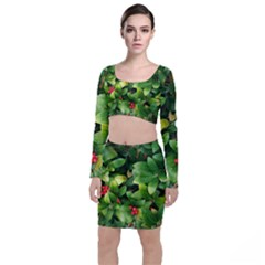 Christmas Season Floral Green Red Skimmia Flower Long Sleeve Crop Top & Bodycon Skirt Set