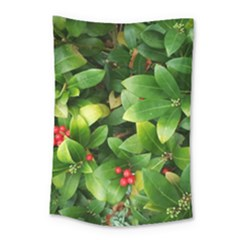 Christmas Season Floral Green Red Skimmia Flower Small Tapestry