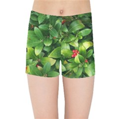 Christmas Season Floral Green Red Skimmia Flower Kids Sports Shorts
