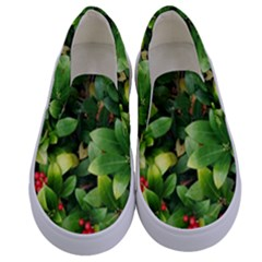 Christmas Season Floral Green Red Skimmia Flower Kids  Canvas Slip Ons